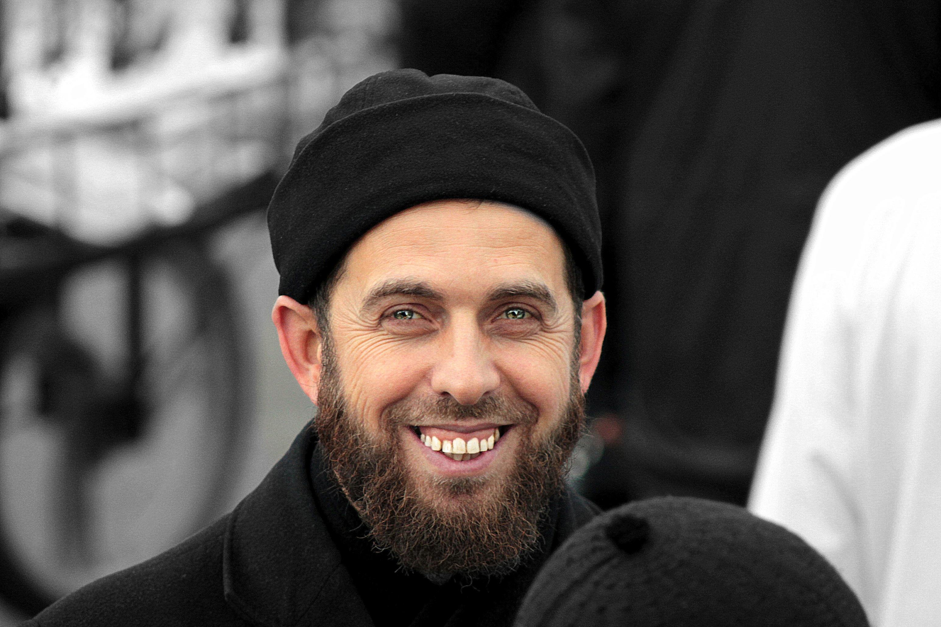 Zübeyir Hoca'mız Sapanca Buhara Camii Şerifinde imam hatiblik görevine devam etmektedir. Sesinden ve kendisinden istifade etmek isteyenler Sapanca'ya yolu düşerlerse hocamızı ziyaret edebilirler. Allah(Celle Celaluhu) kendisinden razı olsun.  Ders […]