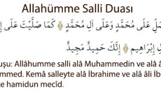 Allâhümme Salli Türkçe Okunuşu Allâhümme salli alâ Muhammedin ve alâ âli Muhammed Kemâ salleyte alâ İbrahime ve alâ âli İbrahim İnneke hamidün mecîd Türkçe Anlamı Allah'ım! Muhammed'e ve Muhammed'in ümmetine […]