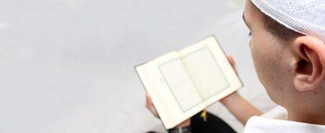 İcaz ne demektir? Kur'an-ı Kerim'in insan psikolojisi üzerindeki etkisi nedir? Kur'an'ın icazı ve insan üzerindeki tesiri… Îcâz, lügatte bir kimseyi âciz bırakmak veya fersah fersah aşmak mânâsına gelir. Istılâhî mânâda […]