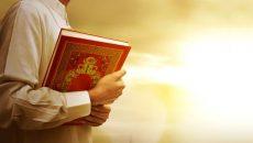 Kur'an okuyana şefaat eder mi?Kur'an nasıl şefaat eder?Kur'an okumanın ahirette kazandırdıkları nelerdir?Kur'an nasıl okunmalıdır?Kur'an'ın şefaatiyle ilgili hadisler nelerdir? Kur'ân'ın şefaatiyle ilgili hadisler ve hadislerin açıklaması… 1-Ebû Ümâme el-Bâhilî (r.a.) der […]